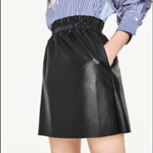 classic style of 2019 incredible prices save up to 60% NWT! Zara Black Faux Leather Mini Skirt w Pockets NWT